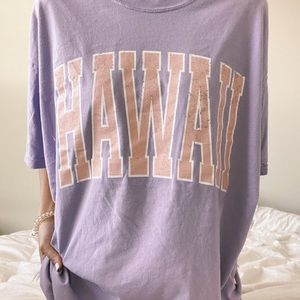 lilac comfort colors tee with hawaii graphic